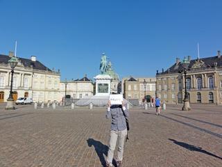 Wachoi_011_Denmark_Amalienborg-Palace.jpg